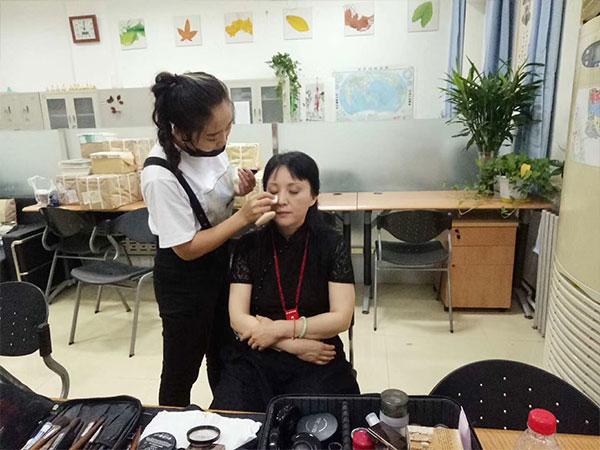 瑞尚创美化妆学校学员