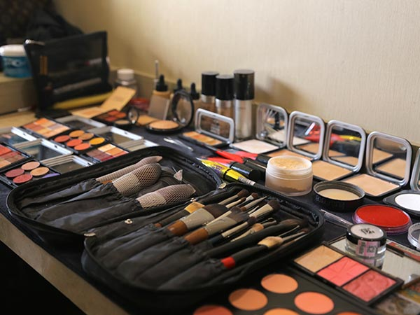 女人为什么要化彩妆?6个理由告诉你