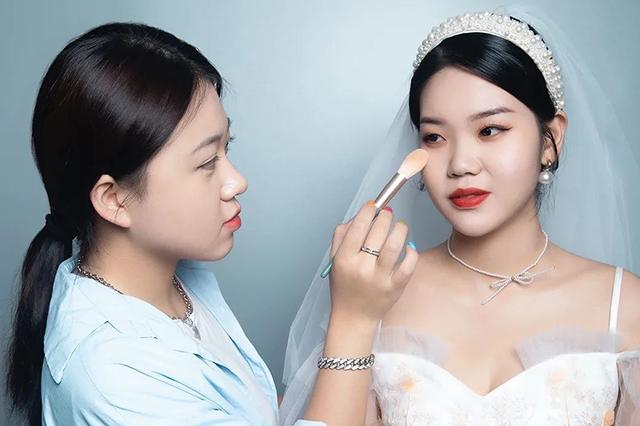 【瑞尚创美化妆学校】灵动清逸 简约韩系新娘